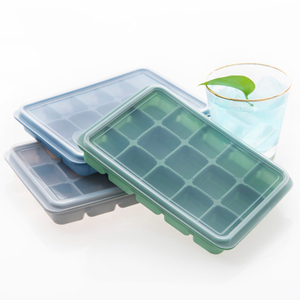 Amazon Hot Selling Silicone Ice Cube Tray with Removable Lids 15 Cavity Square Small Ice Cube Tray
