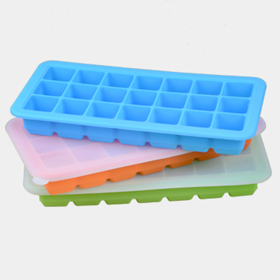 Amazon Classical Ice Tray OEM Factory Silicone Ice Cube Tray Molds, 21 Shaped Ice Cubes Each with Cover for Cocktail